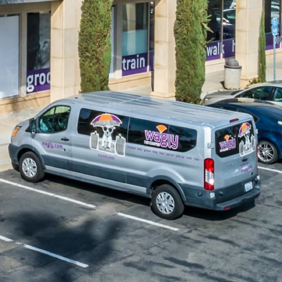 Wagly pet pick-up service van